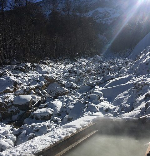 極寒!本沢温泉の野天風呂とテント泊